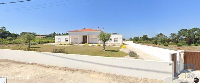 Moradia - 1500 m² - T5