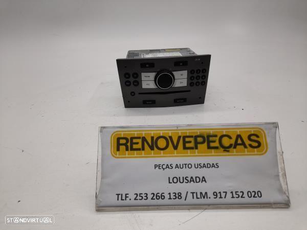 Auto Radio Opel Astra H Três Volumes (A04)