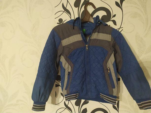 Куртка на хлопчика осінь-весна