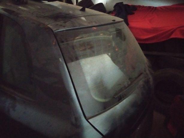 Fiat Stilo 1.9jtd acidentado