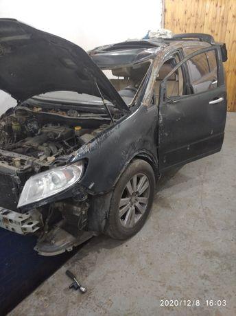 Subaru Tribeca B10 голый кузов с документами после дтп