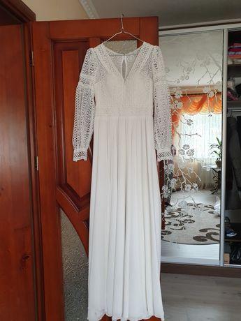 Весільне плаття , весільна сукня