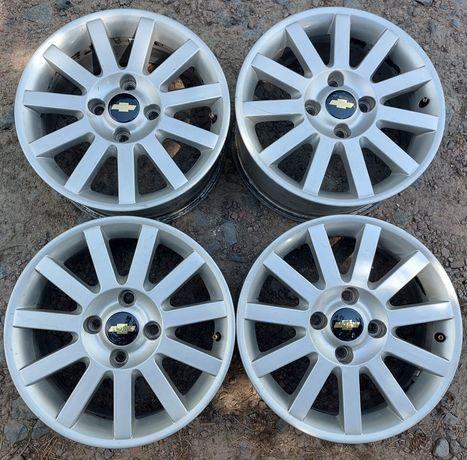 4 114,3 R16 Chevrolet Evanda Tacuma Lacetti Nissan