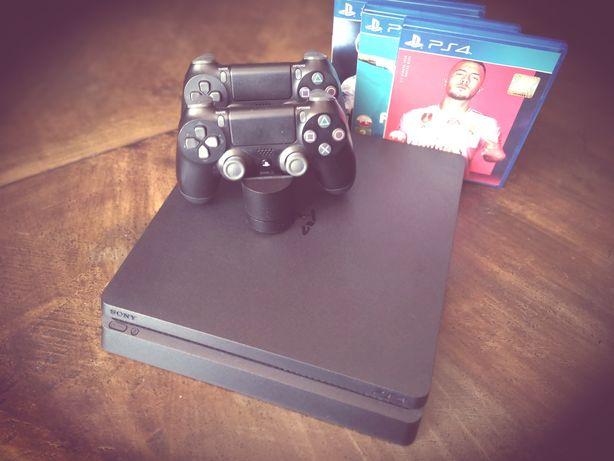 Konsola PS 4 Slim 500GB