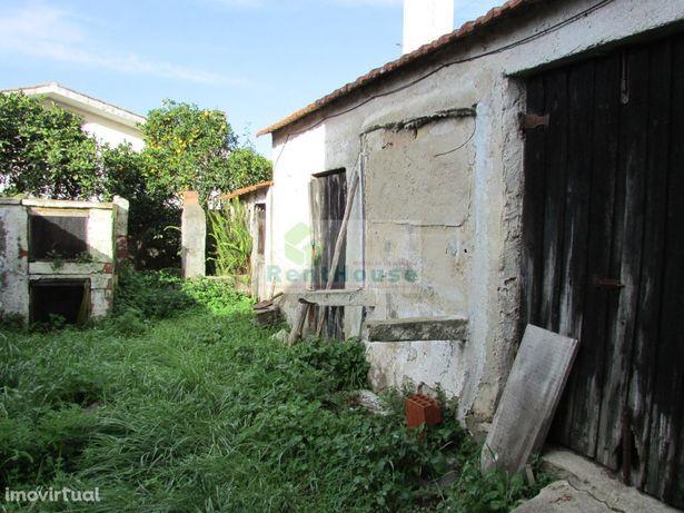 Moradia Para Reconstrução com Terreno