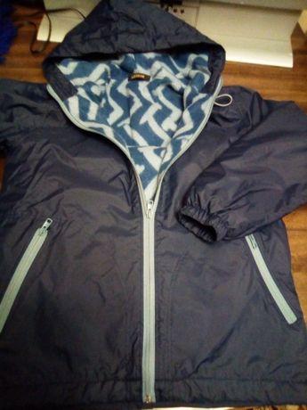 куртка весна - осінь не промокає, на флісовій підкладці