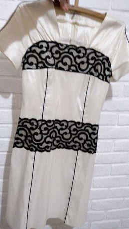 Платье летнее, нарядное.ткань стрейч .48 разм.