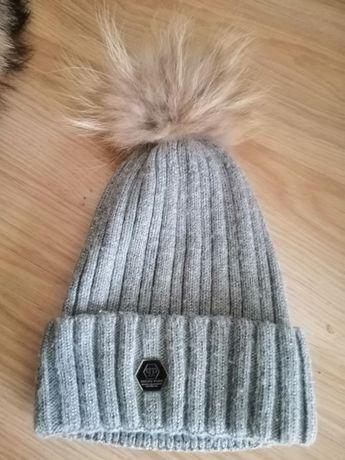 Продам зимню шапку