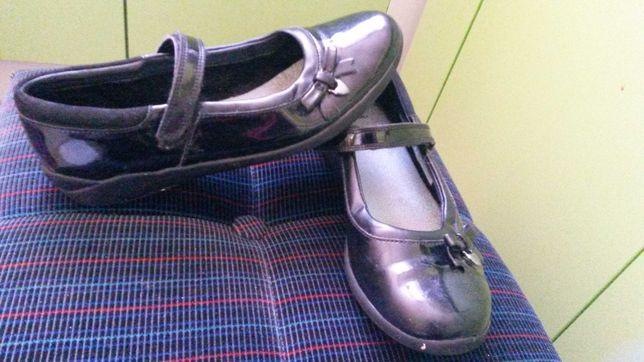 Clarks czarne balerinki pantofle sandałki