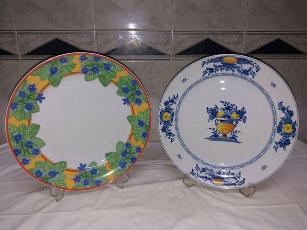 Pratos de 33cm Vista Alegre-Um coleção Viana(vendido),outro Danúbio