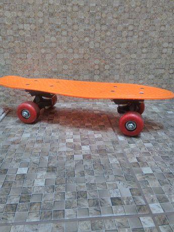 Продам детский Скейт