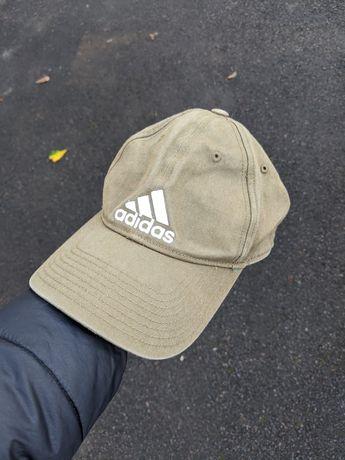 Кепка Adidas оригинал размер универсальный взрослый