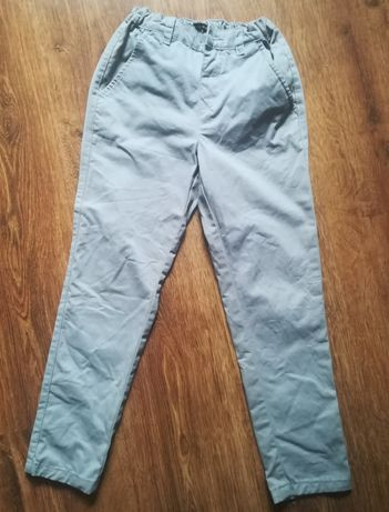 Spodnie szare Reserved 128 chłopiec
