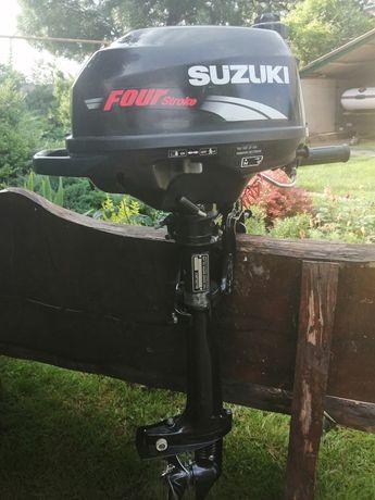 Продам лодочный мотор Сузуки Suzuki DF 2,5