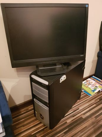 Komputer i monitor, core 2 quad,8gbram,500gb dysk grafika 1gb