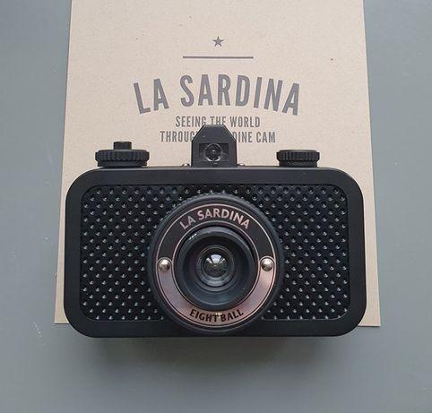Lomography La Sardina 8ball aparat