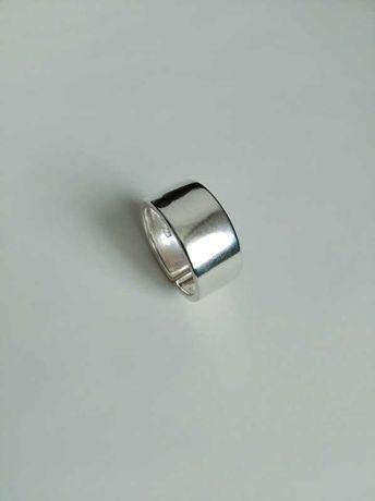 Широкое кольцо серебро стерлинговое 925. Красивое кольцо размер 17-19