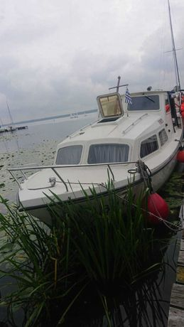 Łódź motorowa kabinowa typu Houseboat, Waterland-850