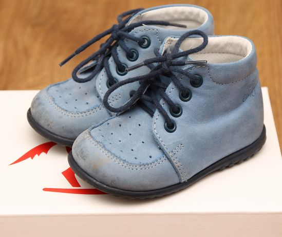 Trzewiki buciki buty Emel roczki nr 20 model E 918-15