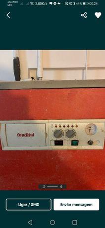 Caldeira de aquecimento a gasóleo marca fondital 40kw de potência