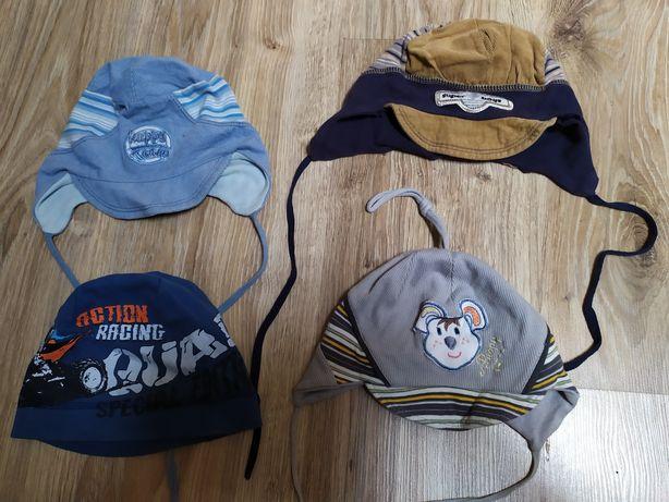 Zestaw 4 czapek na jesień i rękawiczki na sznurku