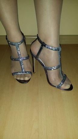Śliczne buty/Faith/37