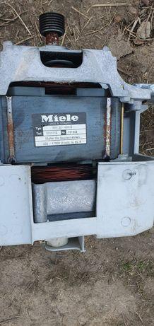 Електродвигун з пральної машинки Miele