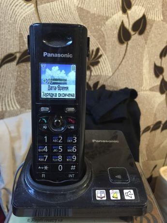 Цифровой Радио телефон с цветным дисплеем Panasonic KX-TG8207UA