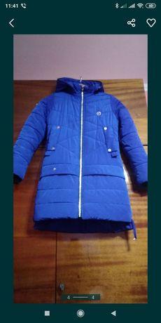 Зимова куртка 10-12років.