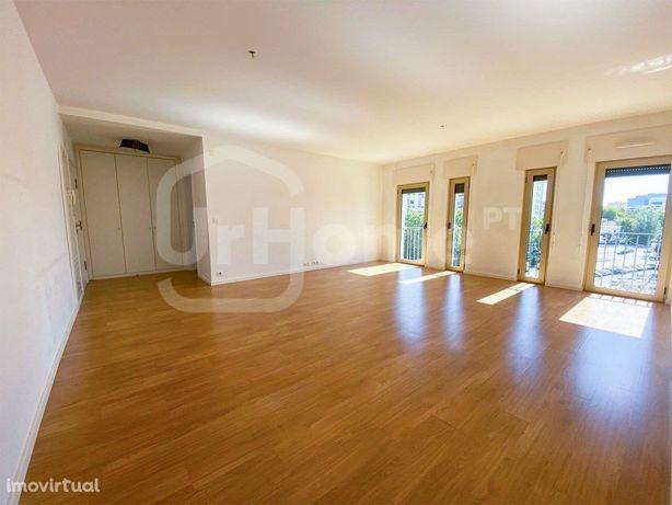 Apartamento de 2 quartos em Entrecampos