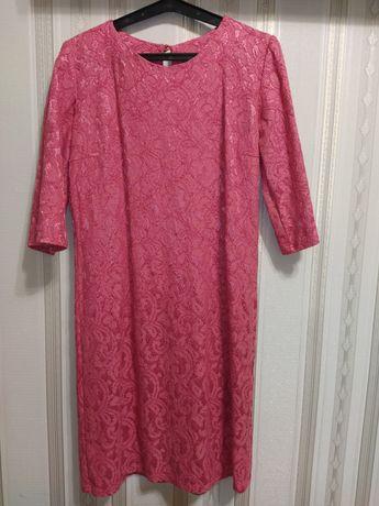 Плаття розовий