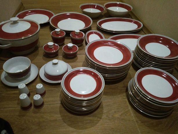 Сервиз столовый ГДР, фарфор, на 12 персон, 69 предметов