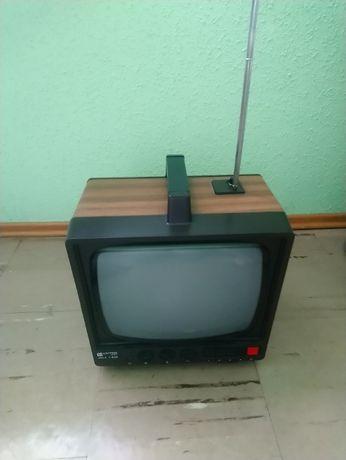 Klasyk PRL. Telewizor Unitra Vela T 206