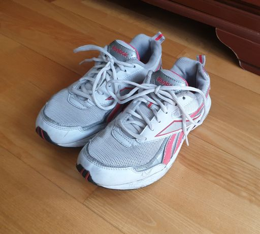Sportowe buty damskie Reebok w dobrym stanie