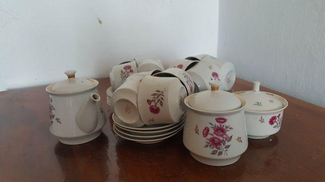 Чайный сервиз на 12 персон СССР