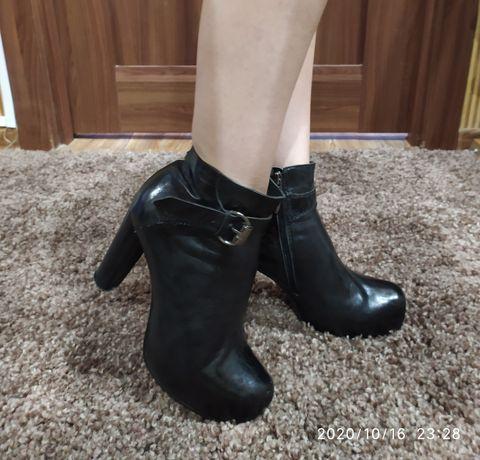 Ботинки кожаные с утеплителем