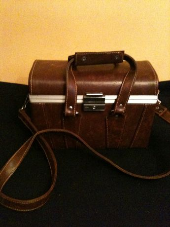 kuferek na aparat fotograficzny