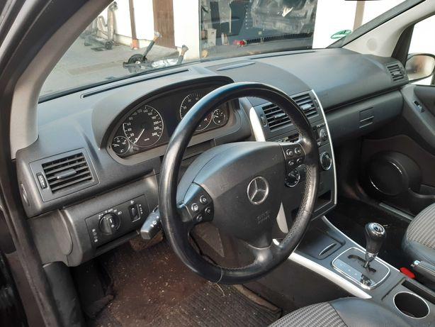 Kierownica Mercedes A-klasa w169 ładna