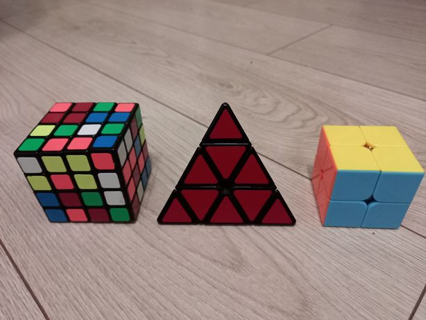 Продам скоросние кубики в отличном состоянии.Недорого