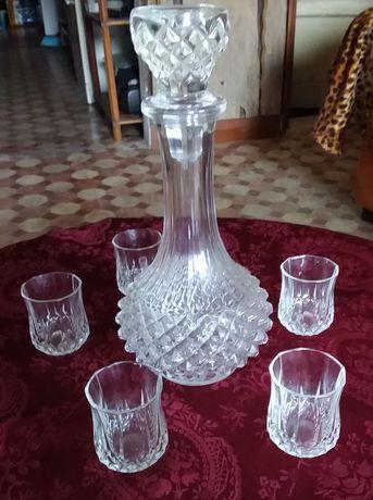 Conjunto garrafa e copos em cristal