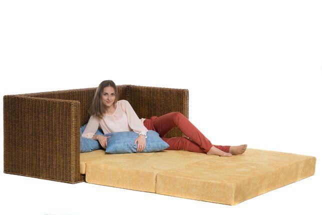Раскладной диван-кровать в гостиную Уго из натурального ротанга