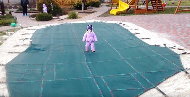 Накрытие на бассейн для безопасности детей