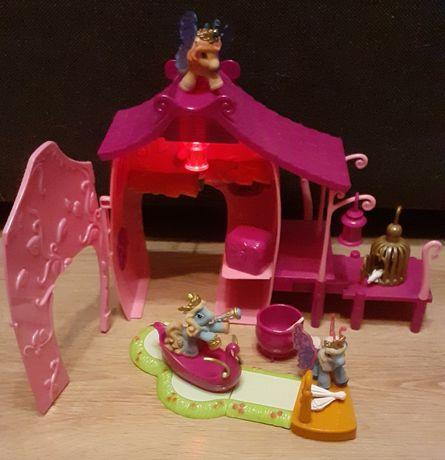 Koniki filly i magiczny domek z przystanią
