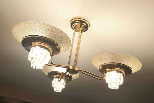 Candeeiro de tecto com lâmpadas led