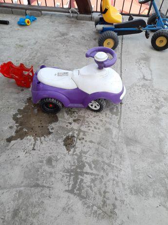 Дитяча машинка .