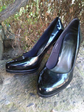 Туфли черные,женские туфли лакированные черные,на каблуке