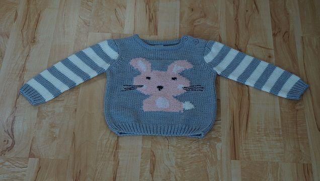 ciepły sweterek dla dziewczynki rozmiar 74-80