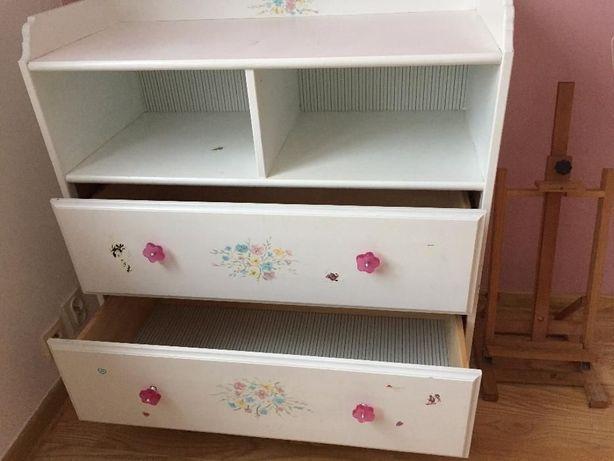 Komoda IKEA LEKSVIK z drewna -wzór dla dzieci-łóżeczko DREWEX