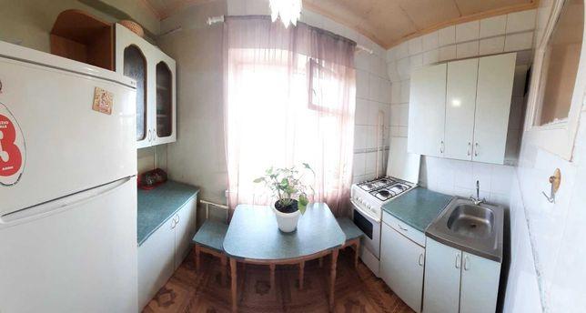 """Продам """"гостинку"""" Самая низкая цена на квартиру  у метро Героев Днепра"""