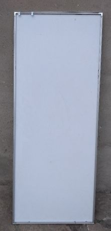 Gablota / witryna aluminiowa ramka